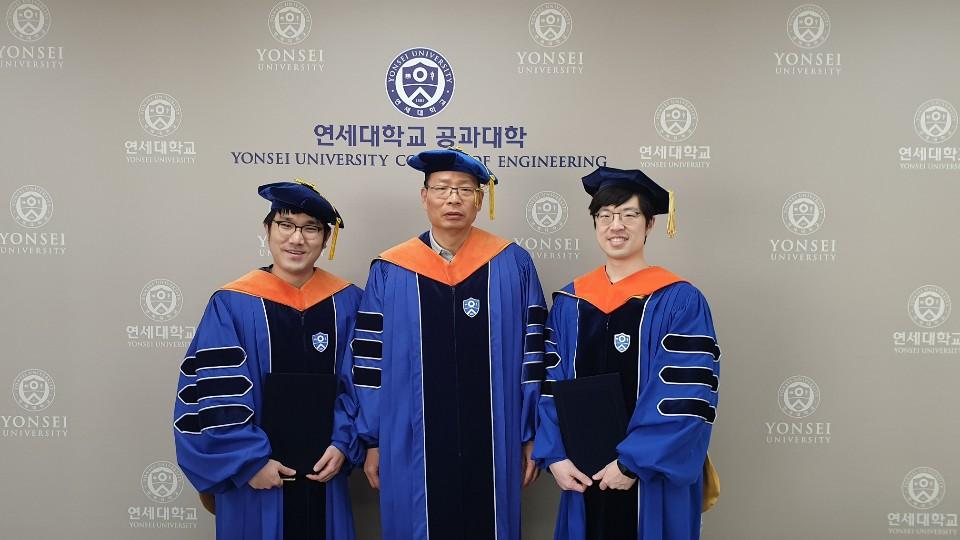 201902_graduation_1.jpg