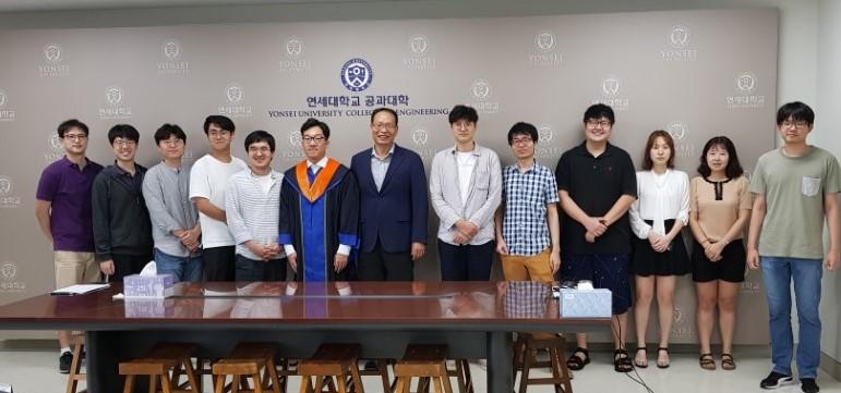 20170825_graduation_8.jpg