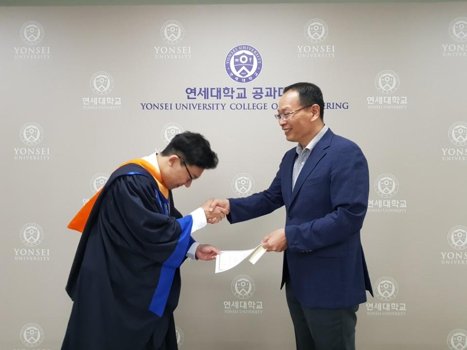 20170825_graduation_6.jpg