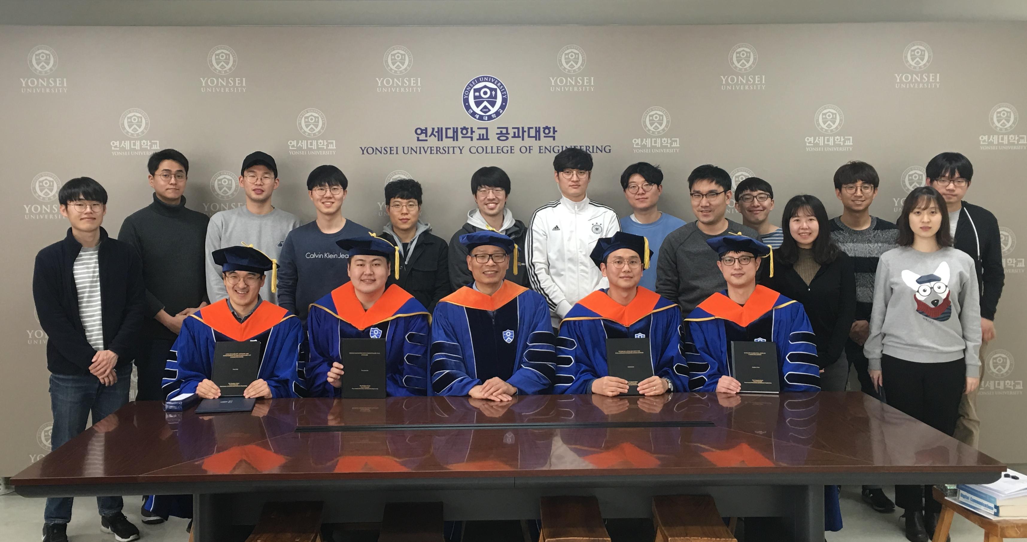 201802 졸업식3 수정.jpg